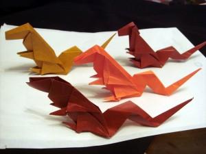 折り紙 恐竜ダイノサウルス