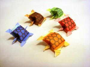 折り紙 身に亀さんたち